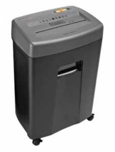 4. AmazonBasics 17-Sheet Paper Shredder