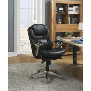 The Dignity Only First Class Office Chairs Have: Genuine Leather