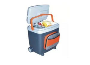 1. Daycool Thermoelectric Cooler EC-0728 28 Liter
