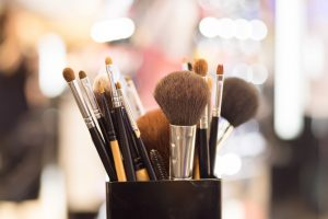 Choose a Makeup Brush Set that does not Scratch Your Face