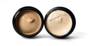 Cream Foundation - For Excellent Coverage and Moisturizing Effects